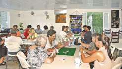 Un concours de belote  pour les sinistrés de Tahiti