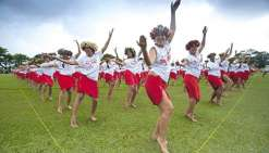 Un flashmob mondialde 'ori Tahiti