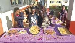 Des collégiens de Tyé cuisinent le petit-déjeuner