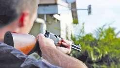 Il tire chez son voisin qui fête les 18 ans de sa fille
