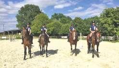 Quatre cavalières  à Lamotte-Beuvron