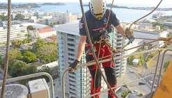 Exercice de secours de très haute voltige en plein centre-ville