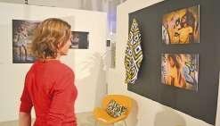 Ariella Blancher expose ses  créations textiles au centre culturel