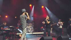 Dix-vers-cités, l'asso du hip-hop sort sa troisième mixtape