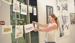 La grande lessive d'Agnès Cabillic s'expose avec Etendo'Art