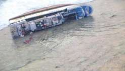 Un navire de pêche s'échoue à Marutea