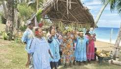 Des croisiéristes australiens à Eni, une nouvelle activité pour la tribu