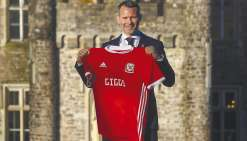 Ryan Giggs prend la tête du pays de Galles