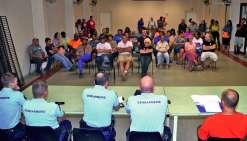 Plus nombreux que lors de la première réunion, les habitants ont pu faire part de leurs inquiétudes aux gendarmes. Photos C.O.