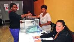 « Beaucoup de jeunes ont voté », a observé Corine Voisin, la maire de La Foa. Un constat partagé par les communes alentour.Photo E.J.