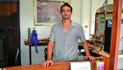 Dominik Dolbeau est le propriétaire de la nouvelle enseigne qui a ouvert ses portes en septembre. Photo N.B.
