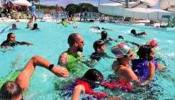 Les participants ont profité des bassins du centre aquatique, mais aussi d'un château gonflable. Photo K.B.