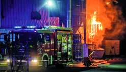 Le principal suspect de l'incendie de mars 2017 a été relaxé hier mais sera jugé une seconde fois : le parquet de Nouméa a fait appel.Photos Archives LNC