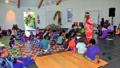 Le rendez-vous était fixé à 8 heures, pour deux heures « de partages, de chants, de conte et de mise en scène théâtrale, pour que le conte soit bien compris par les enfants », explique Désiré Menrempon, président de l'association Tâgadé. En seconde partie