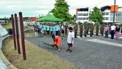 Koné. La commémoration au monument aux morts a mis hier à l'honneur les enfants, avec la présence du conseil municipal junior de Koné, des classes de CM1 et CM2 de l'école de l'Immaculée, d'élèves du collège et d'un élève de CE2 de l'école par corresponda