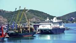 Le port doit s'adapter au gigantisme des grands navires pour rester un lieu d'accueil. Photo Thierry PERRON