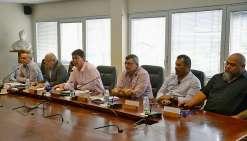 Le président, Thierry Santa, le haut-commissaire, Laurent Prévost, et le membre du gouvernement en charge de la gestion du parc marin, Philippe Germain, ont présenté « Territoires d'innovation ». Photo T.P.