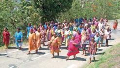 Marcher pour faire l'unité contre les violences en tout genre