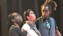 Quatre artistes traversent le Désert