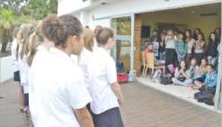 Taupo en visite à Nouméa