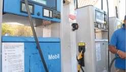 Le prix du carburant baisse toujours