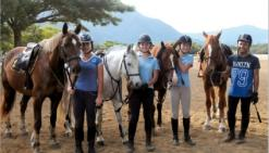 Angèle Le Gaudu, Laura Blomme, Pauline Couget et Donovan Simin à l\'entraînement.