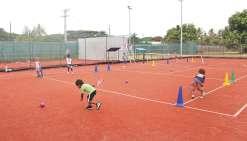 Vacances sportives au club de tennis
