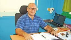 Rentrée 2016 : Olivier Chéneau a été nommé à la direction du centre scolaire de Téouty.