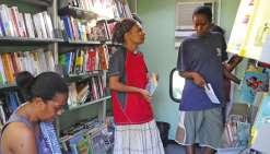 La médiathèque conduit un bibliobus en tribus