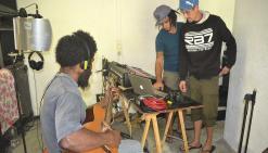 La tribu de Poyes enregistre un CD hommage