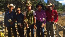 Les cinq cavaliers « novices » récompensés.