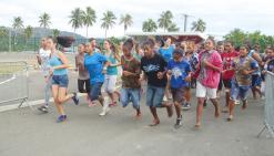 Cinq cent quarante écoliers  disputent leur cross à Poindimié