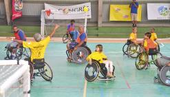 Handicapés et valides au même plan sur le terrain de handball