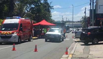 Une femme blessée dans un accident entre scooter et voiturette