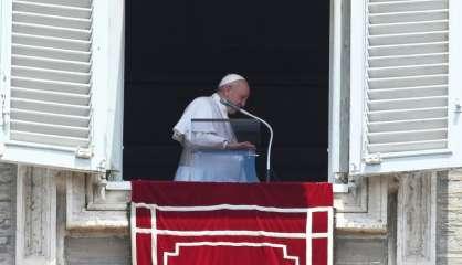 Le pape François, 84 ans, opéré d'une inflammation du colon