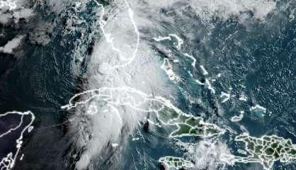 La Floride se prépare à l'arrivée de l'ouragan Elsa