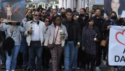 A Mulhouse, l'émouvante marche blanche en mémoire de Dinah, victime de harcèlement