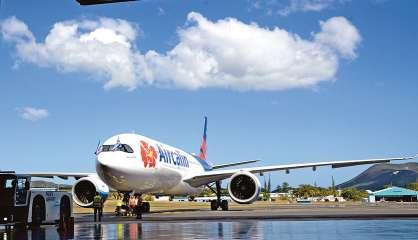 [VIDÉO] La suspension des vols internationaux prolongée jusqu'au 31 juillet 2021