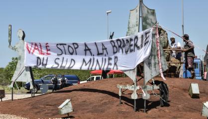 Usine du Sud : Les Loyalistes condamnent les blocages