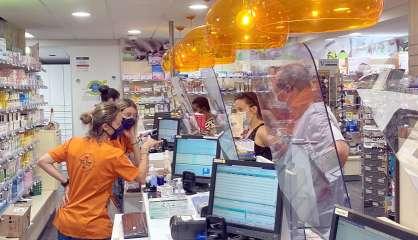 Dans le flou et la précipitation, les pharmacies débutent les dépistages