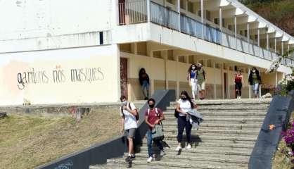Les élèves internes pourront retrouver leur établissement scolaire pendant le week-end