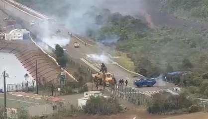 [VIDÉO] Evacué et mis en arrêt d'urgence, lecomplexe industriel de Vale est« tenu » par les gendarmes