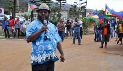 Usine du Sud : «Le mot d'ordre du FLNKS n'est pas celui d'aller incendier ou saccager» selon Victor Tutugoro