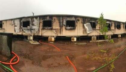 Quatre incendies à l'usine du Sud, un bâtiment détruit