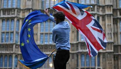 Brexit: les Britanniques résidant sur le Caillou devront avoir untitre de séjour