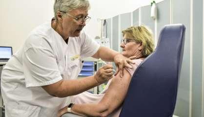 [VIDÉO] Les premiers Calédoniens vaccinés contre la Covid-19, auMédipôle