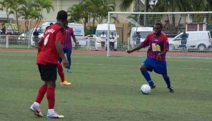 Football : l'Etoile de Banoutr et l'AS Qanono rêvent toujours de Super Ligue