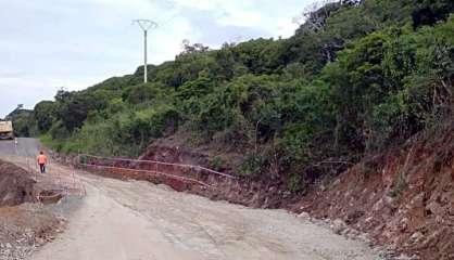 A Pouébo, les travaux avancent pour permettre la circulation au col d'Amos