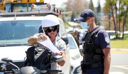 La police contrôleles automobilistesà Nouméa, les attestations dedéplacement bien respectées