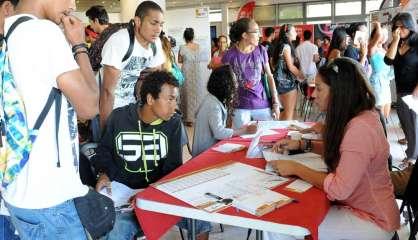 A la recherche d'un job d'été ? Rendez-vous à la mairie de Nouméa